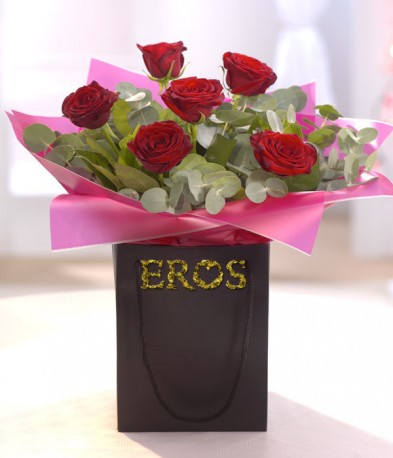 Six Luxury Red Roses